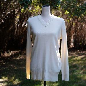 Classy V-Neck Cream/White Long Sleeve Sweater